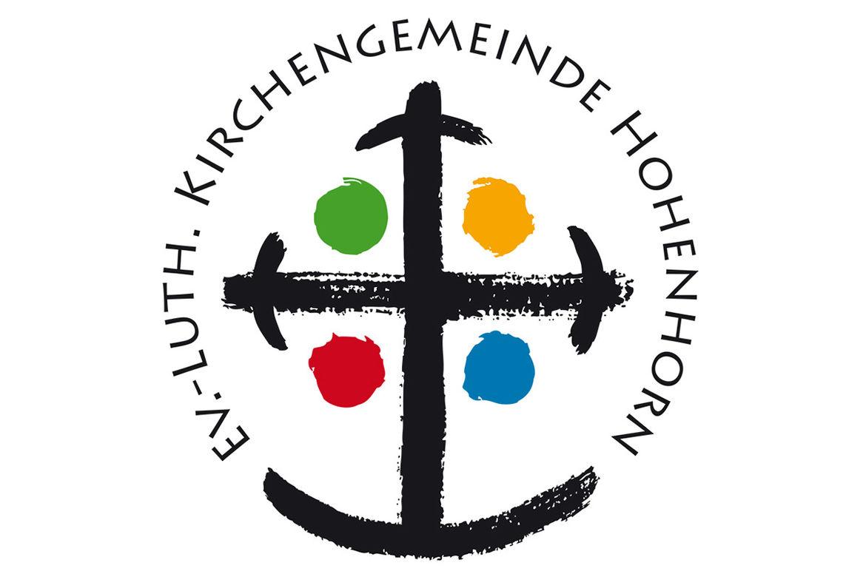 Logo Ev.-Luth. Kirchengemeinde Hohenhorn: Ein schwarzes Kreuz mit einem grünen, orangen, roten und blauen Kreis - umkreist mit dem Text: Ev.-Luth. Kirchengemeinde Hohenhorn - Copyright: Ev.-Luth. Kirchengemeinde Hohenhorn