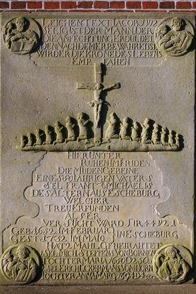 Grabinschrift der St.-Nikolai-Kirche Hohenhorn - Copyright: Manfred Maronde