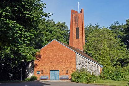 Heilig-Kreuz-Kirche in Börnsen - Copyright: Manfred Maronde